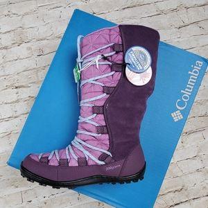 Youth Loveland winter Boots sz 2 , Columbia